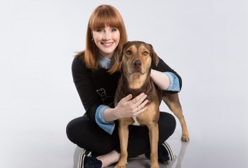 Bryce Dallas Howard poses with Shelby, who plays Bella in the movie.